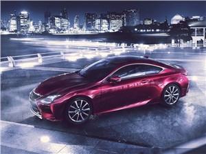 Lexus RC 2015 вид сверху