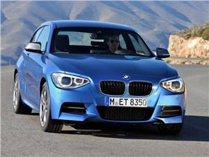 BMW привезет в Париж 1-Series с полным приводом