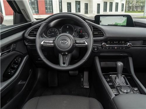 Mazda 3 2019 салон