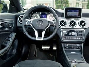 Предпросмотр mercedes-benz cla 200 2013 водительское место