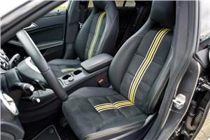 Предпросмотр mercedes-benz cla 200 2013 передние кресла