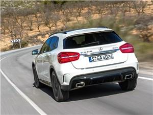 Mercedes-Benz GLA-klasse 2013 вид сзади