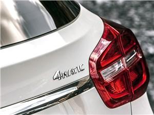 Mercedes-Benz GLA-klasse 2013 задний фонарь