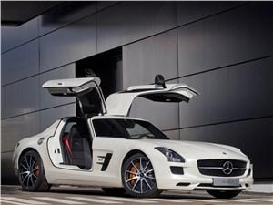 Mercedes-Benz SLS AMG - Mercedes-Benz SLS AMG GT 2013 вид спереди