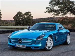 Mercedes-Benz SLS AMG Coupe Electric Drive 2013 вид спереди