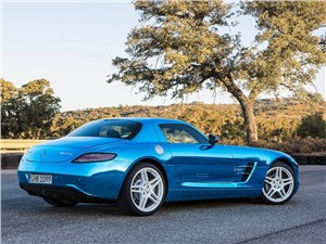 Предпросмотр mercedes-benz sls amg coupe electric drive 2013 вид сзади