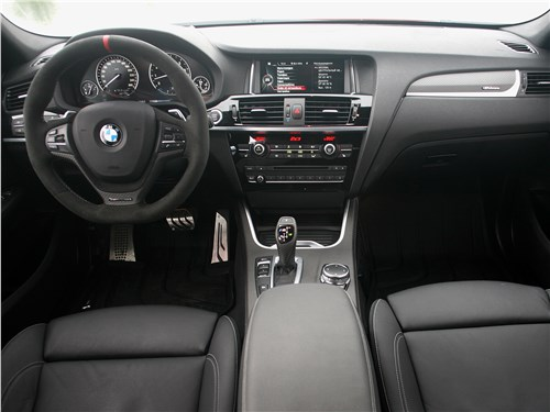 BMW X4 xDrive35i 2014 водительское место