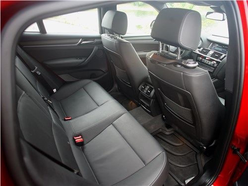 BMW X4 xDrive35i 2014 задний диван
