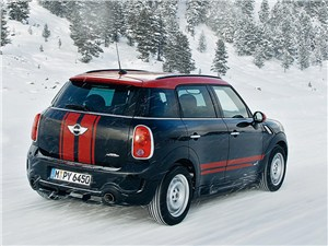MINI JCW Countryman 2012 вид сзади