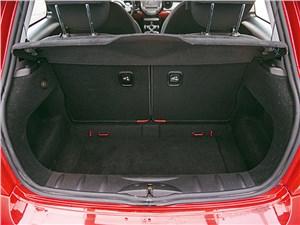 Mini Cooper 2007 багажное отделение