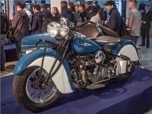 Indian Four 1940 Американские мотоциклы, это не только Harley-Davidson. В свое время у него были очень достойные конкуренты