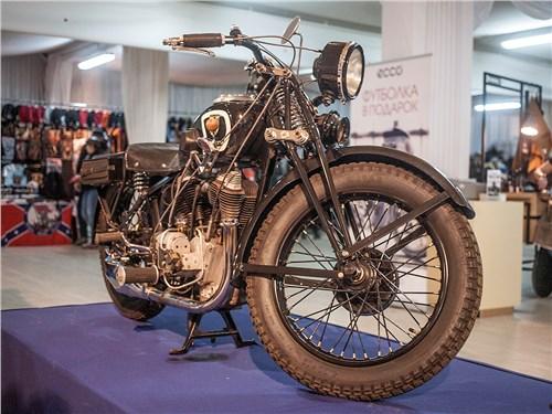 Tornax 1000cc 1930 года считался одним из самых быстрых мотоциклов своего времени. Он разгонялся до 190 км/ч!