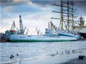 В Питере много музеев, но одни из самых интересных – подводные лодки