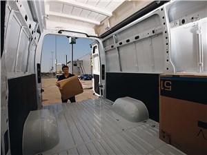 Предпросмотр renault master 2010 грузовой отсек