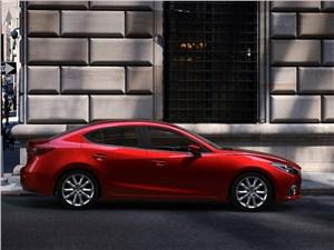 Mazda 3 2013 вид сбоку