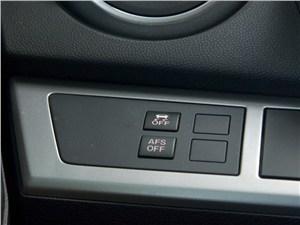 Предпросмотр mazda 3 2011 можно отключить функцию подсветки поворотов