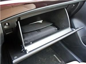 Mazda 6 2013 бардачок