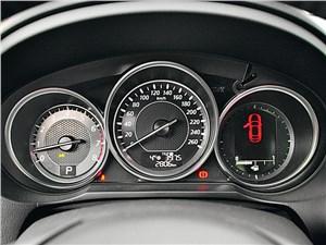Mazda 6 2013 приборная панель