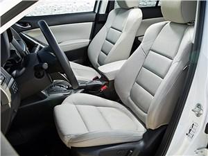 Mazda CX-5 2013 передние кресла