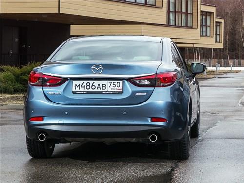 Mazda 6 2016 вид сзади