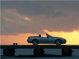 На краешке земли MX-5 - Mazda MX-5 2009