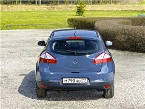 Renault Megane 2013 вид сзади
