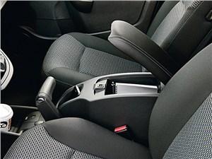Mercedes-Benz Citan 2012 ящик между креслами