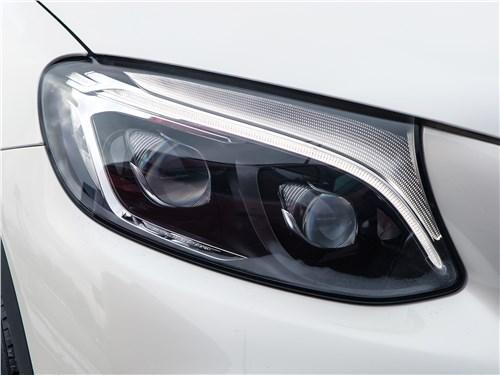 Предпросмотр mercedes-benz glc coupe 2017 передняя фара