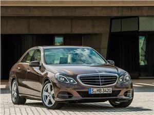 Новый Mercedes-Benz E-Class - Mercedes-Benz E-Klasse 2013 вид спереди