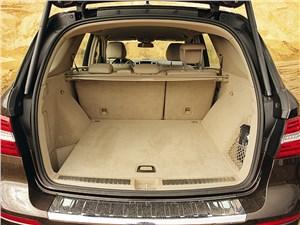 Mercedes-Benz ML 350 CDI 4Matic 2012 багажное отделение