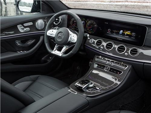 Mercedes-Benz E53 AMG 2019 салон