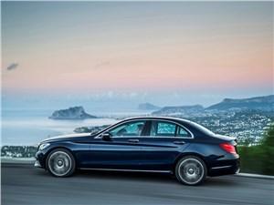 Mercedes-Benz C-Klasse 2014 вид сбоку фото 1