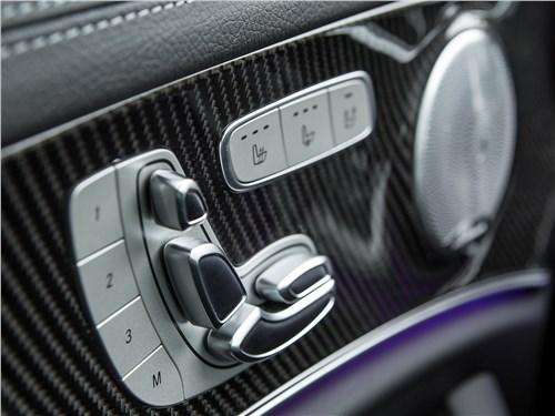 Mercedes-Benz E53 AMG 2019 клавиши регулировки сидений