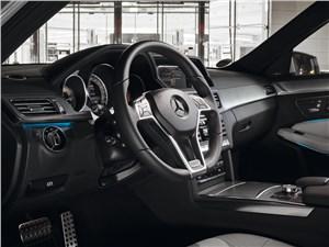 Предпросмотр mercedes-benz e-klasse 2013 водительское место