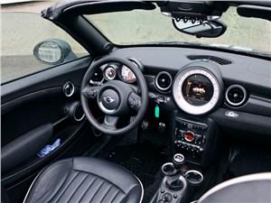 Предпросмотр mini cooper s roadster 2012 водительское место