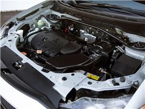 Mitsubishi Outlander XL 2007 двигатель