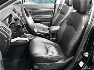 Mitsubishi ASX 2013 передние кресла