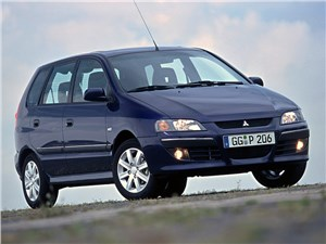 На все случаи жизни (Renault Scenic, Mitsubishi Space Star, Opel Zafira, Nissan Almera Tino) Space Star