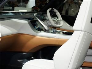 Предпросмотр mitsubishi gc-phev concept 2013 водительское место