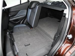 Opel Mokka 2012 багажное отделение