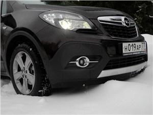Opel Mokka 2012 вид спереди