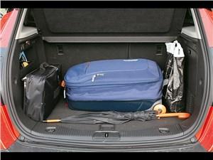 Opel Mokka 2013 багажное отделение