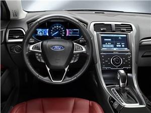 Предпросмотр ford modeo 2013 водительское место
