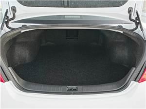 Nissan Teana 2011 багажное отделение