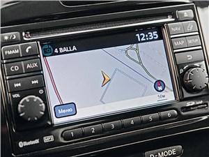 Nissan Juke 2012 монитор