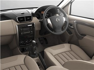 Nissan Terrano - Nissan Terrano 2014 водительское место