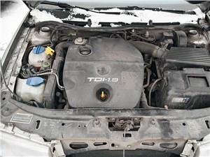 Skoda Octavia Tour двигатель