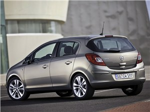 Элитные малолитражки (Mercedes-Benz A-klasse, Mini One, Opel Corsa OPC, Renault Clio Sport) Corsa -