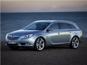 Opel Insignia 2012 вид сбоку