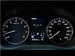Mitsubishi Outlander 2013 приборная панель